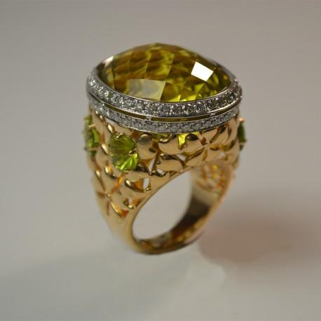 Кольцо Сакура с цитрином